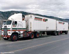 Canadian Freightways Freightliner B-Train