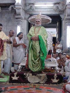 Jagadguru Bharathi teertha  Shringeri Peetham Advaita Philosophy, Philosophy, Sanatana Dharma, Shankaracharya, Nonduality, Tradition and culture.