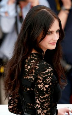Eva Green | 'The Salvation' Photocall at Cannes Film Festival 2014 Actress Eva Green, Green Web, French Actress, Green Hair, Miss Green, Hypnotized, Long Hair Styles, Dark Paradise, Instagram Posts