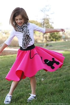 Halloween Costume Ideas: Very Low-Sew POODLE SKIRT...use this skirt pattern for Madison's Queen Frostine Dress