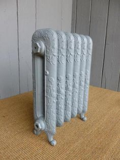 Carron Traditional Daisy 2 Column Cast Iron Radiator 6 Sections Long - Rads   eBay