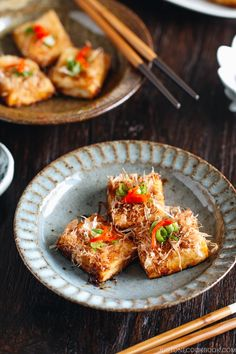 Crispy on the outside and soft on the inside, this pan-fried Teriyaki Tofu is incredibly flavorful! Enjoy this Japanese dish as an appetizer or as a side or main dish along with rice and your favorite dishes! Can be easily turn into vegan or gluten-free! Tofu Recipes, Side Dish Recipes, Asian Recipes, Vegetarian Recipes, Cooking Recipes, Gourmet Recipes, Hawaiian Recipes, Vegetarian Barbecue, Chinese Recipes