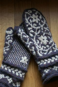 Bird in Hand Mittens by Kate Gilbert