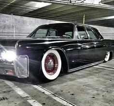 Lincoln Continental.
