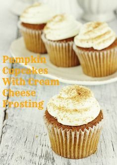 The absolute best pumpkin spice cupcakes from scratch with a delicious cream cheese frosting. The best pumpkin spice cupcakes you've ever tasted coupled with a delicious cinnamon cream cheese frosting to really take the flavor over the top. Paleo Dessert, Sugar Free Desserts, Köstliche Desserts, Healthy Sweets, Gluten Free Desserts, Cupcake Recipes, Delicious Desserts, Dessert Recipes, Yummy Food