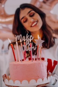 There's nothing like throwing a classic colorful birthday surprise! 🍰🎈 So dazzle up your friends birthday with our Birthday Surprise Collection. Cute Birthday Pictures, Birthday Ideas For Her, Birthday Goals, 22nd Birthday, Birthday Photos, Birthday Celebration, Birthday Parties, Surprise Birthday, Birthday Party Photography