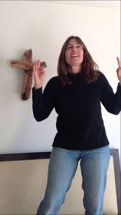 Holy Spirit by Bryan & Katie Torwalt - Praise Dancing - Sign Language Wo...