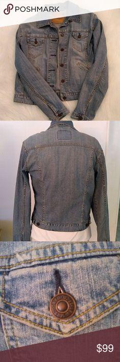 Vintage Levis Jacket Vintage Levi s Jacket. Size tag is missing e5b54bfad46