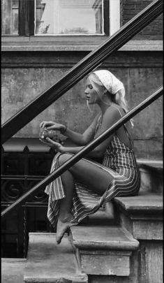 - Schwarz w. - Schwarz w. beauty beauty ❥Ᏸ єℓℓє ~ - # á . - Schwarz weiß - beauty ❥Ᏸ єℓℓє ~ - # á . Street Photography, Portrait Photography, Fashion Photography, Urban Photography, People Photography, Artistic Photography, Color Photography, Vintage Photography, Landscape Photography