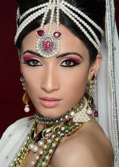 Indian Muslim Bride, Muslim Brides, Bridal, Beautiful Men, Make Up, Hairstyle, Jewels, Crystals, Wedding Dresses