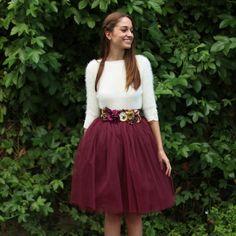 Falda de tul Carrie en color granate hecha a medida