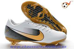 8bd38095c Nike Mercurial Vapor Superfly VI FG Blanc Or Noir FT6900 Soccer Cleats