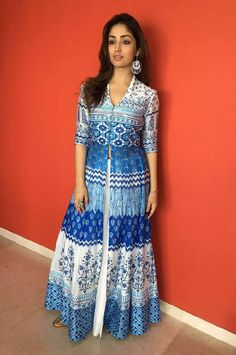 Yami gautam in Anita dongre anarkali suit with white lehenga skirt.  Find bollywood's  latest fashion on Ethnico- http://www.ethnicoapp.com/tag/bollywood