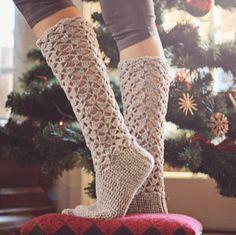 Crochet PATTERN for socks (pdf file) - Christmas Morning Socks