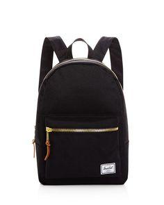 7b6e818bf5 13 meilleures images du tableau CALVIN KLEIN   Backpack bags ...