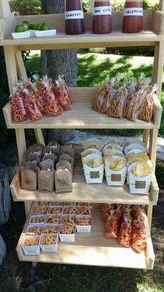Camp-Themed Birthday Party for Kids. This is the trail mix bar. Love the cute brown paper bags! Mexican Candy Table, Mexican Snacks, Mexican Party Decorations, Mexican Fiesta Birthday Party, Fiesta Theme Party, Birthday Party Themes, Birthday Brunch, Mexican Themed Weddings, Bar A Bonbon