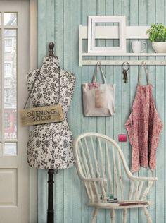 Vintage Decor...♥ the storage rack!