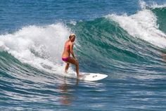 Hawaii Surf Camps for Women - Catch a big wave! (Panic Point Oahu, #Hawaii) #surf #waves
