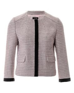BurdaStyle is a community website for people who sew or would like to learn how. Tweed Jacket, Blazer Jacket, Leather Jacket, Style Magazin, Jacket Pattern, Lightweight Jacket, Jacket Style, Look Fashion, Elegant