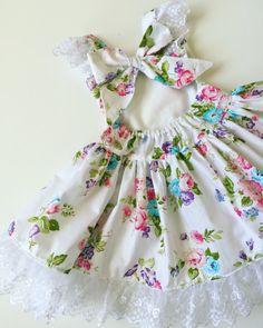 23 Spring Baby Dresses — The Overwhelmed Mommy Floral Spring Baby Dress Frocks For Girls, Kids Frocks, Dresses Kids Girl, Kids Outfits, Baby Dresses, Peasant Dresses, Girls Spring Dresses, Dress Girl, Dresses Dresses