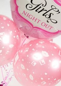 """Pink balloon that reads """"Girls Night Out"""" and some baby pink balloons with small L plates on them. Hen Party Balloons, Pink Balloons, Balloon Arrangements, Girl Reading, Girls Night Out, Christmas Bulbs, Plates, Holiday Decor, Blog"""
