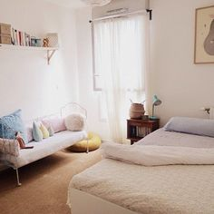 Une chambre épurée @ jauraispumappelermarcel