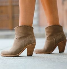 Ideal for weekend activities, pick up a pair of booties while back-to-school shopping. #booties #fallfashion