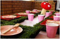 """grass"" place mats and felt toadstool"