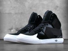 Black upper+white soles and sculpted futuristic lines. adidas Originals C-10. #mustcop