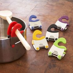 Utensil Pot Clip. Need these.