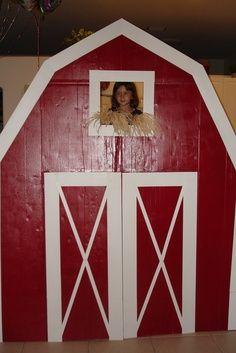 Western Theme VBS Crafts | Cardboard barn, no instructions.