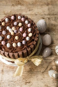 Vis innlegget for mer. Tiramisu, Food And Drink, Baking, Ethnic Recipes, Easter Ideas, Om, Bakken, Tiramisu Cake, Backen
