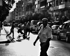 Manisa sokakları 2 #noirlovers #noiretblanc #siyahbeyaz #street_perfection #streetphotography_bw #streetphoto_bw #streetphotography_bnw #streetphotographybw #streetphotographybnw #bws_streets #bw_divine #bw_photooftheday #bwfever #bnw_demand #bnw_planet #hikaricreative #hartcollective #turk_kadraj #turkeystagram #turkobjektif #turkinstagram #turkishot #manisa