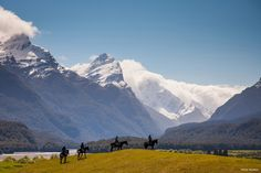 100% Middle-earth: New Tourism Campaign for New Zealand
