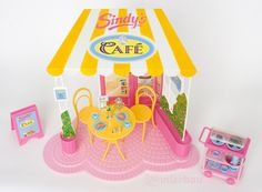 1992 Sindy Cafe Play Set Playset 18293 - No Doll Included - by Hasbro Childhood Toys, Childhood Memories, American Girl Furniture, Barbie Playsets, Sindy Doll, Barbie Stuff, 90s Kids, Barbie And Ken, Old Toys