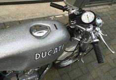 Silver Shotgun in Holland – 1971 Ducati 350 Desmo Ducati Motorcycles, Cars And Motorcycles, Ducati Desmo, Cafe Racer Style, Motocross Bikes, Street Bikes, Used Parts, Scrambler, Shotgun