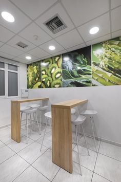 Office architectural & interior design realised by STIRIXIS Group for the renovation of Marine Tours SA. Extra attention given to the common rooms. Office Interior Design, Office Interiors, White Office Furniture, Glass Partition, Common Room, Environmental Graphics, Strategic Planning, Furniture Making, Offices
