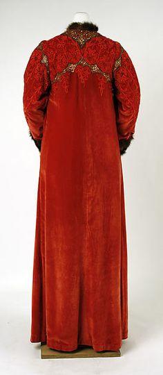 Evening coat: 1902–5: American: silk, glass, metal