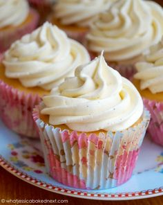 The best ever vanilla bean buttercream. Super creamy, fluffy and amazing swirled high on your favourite chocolate or vanilla cupcake! Want to learn how to make thefluffiest, most perfect vanilla …