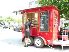 42 Incredible Mobile Trailer Bar Design Ideas For Best Bar Alternative - Smart Home and Camper Coffee Carts, Coffee Truck, Coffee Shop, Coffee Drinks, Coffee Company, Mobile Cafe, Mobile Shop, Boutique Mobiles, Converted Horse Trailer