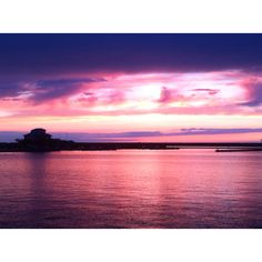 Oswego, NY sunset... The two things we miss most about ny, the lake and the 3rd best sunsets in the world