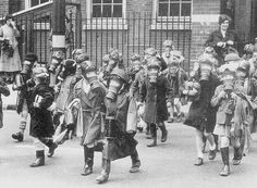 1941 Kingston-upon-Thames council gas local residents to see who had their masks with them (by theirhistory) Kingston Upon Thames, Living Water, Historical Images, Surrey, World War Two, Family History, Street View, Children, Kids