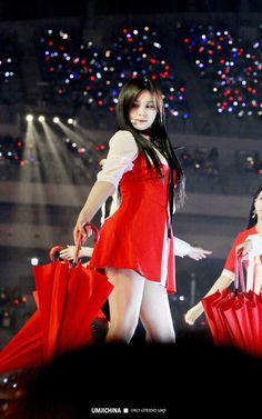 Umji cutie! South Korean Girls, Korean Girl Groups, Kim Ye Won, Cloud Dancer, Fandom, G Friend, K Idol, Pop Group, Girl Crushes