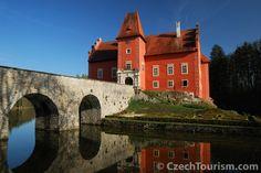 PINTEREST.COM-CZECK REPUBLIC CASTLES   Travel ~ Czech Republic / castle Cervena Lhota