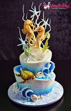 Full tutorial on how to make this Underwater Scene Cake with Seahorse Couple Topper. Available now! http://www.yenersway.com/tutorials/celebration-cakes/underwater-scene-cake-seahorse-couple-topper/