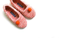 Crocheted slippers in any colour with a pom-pom. Size 42 (women's 11). With latex coating. http://felt.co.nz/shop/houseshoes