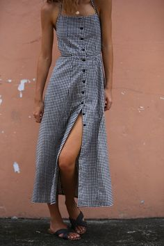 Seriously, This Aussie Brand Has Your Perfect Summer Wardrobe Covered via Supernatural Style Black Lace Jumpsuit, Outfit Online, Fashion Outfits, Womens Fashion, Fashion Trends, Dress Fashion, Ladies Fashion, Fashion 2018, 90s Fashion