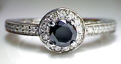 1.66 Carat Black & White Diamond Round Cut Gold Solitaire Ring