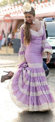 6149835a4b8 Ya huele a feria Flamenco Costume