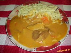 Meat Recipes, Cooking Recipes, What To Cook, Thai Red Curry, Stew, Pork, Food And Drink, Ethnic Recipes, Bratislava